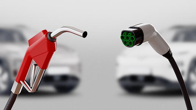 coches de gasolina y eléctricos