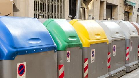 Reciclar restos, papel y vidrio
