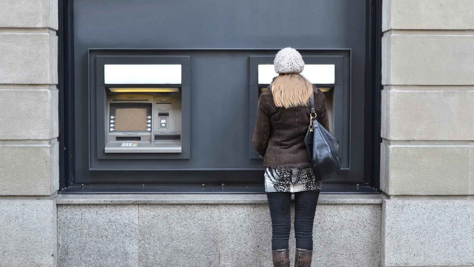 Est s satisfecho con tu banco for Modelo reclamacion clausula suelo banco popular