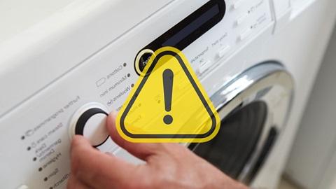 mano lavadora programador alerta detergente colada