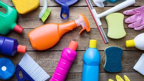 Limpiadores, riesgos y peligros
