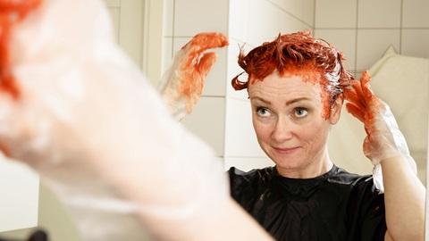 Teñirte el pelo en casa