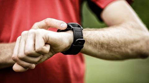 pulsioxímetro en relojes y pulseras de actividad
