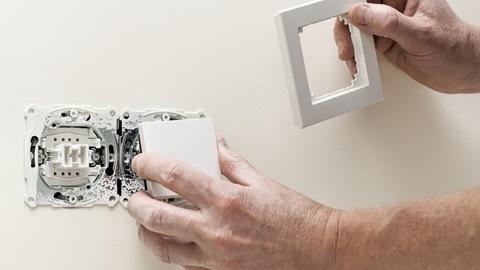 Cambiar interruptor y enchufe