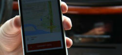 Uber vuelve como UberX para plantar cara al taxi