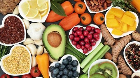Cómo debe ser una dieta saludable | OCU
