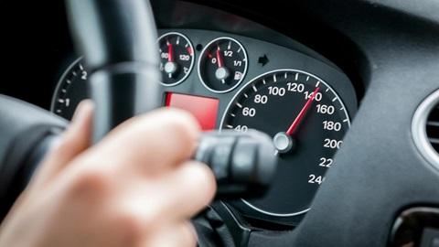 Reducción del límite máximo de velocidad